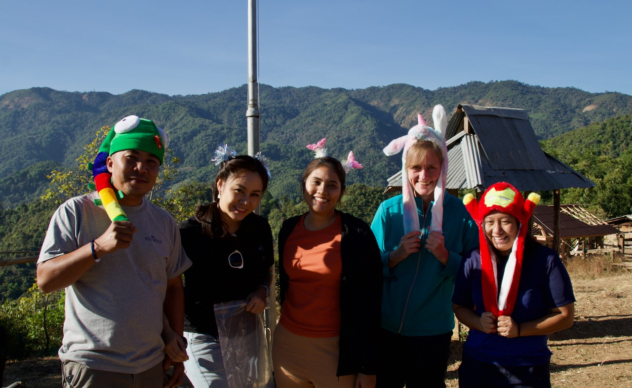 CSR Seven Peaks Software with Kharma Family (KFAM) giving back to communities in Chiang Mai Thailand