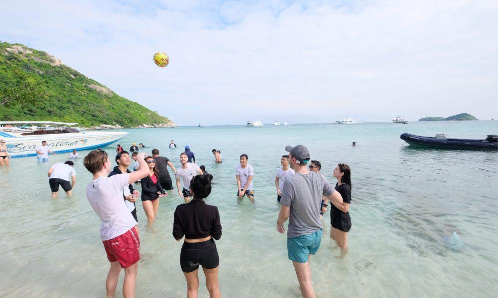 Catamaran trip, ocean marina Pattaya, company team trips at Seven Peaks Software - IT jobs in Thailand