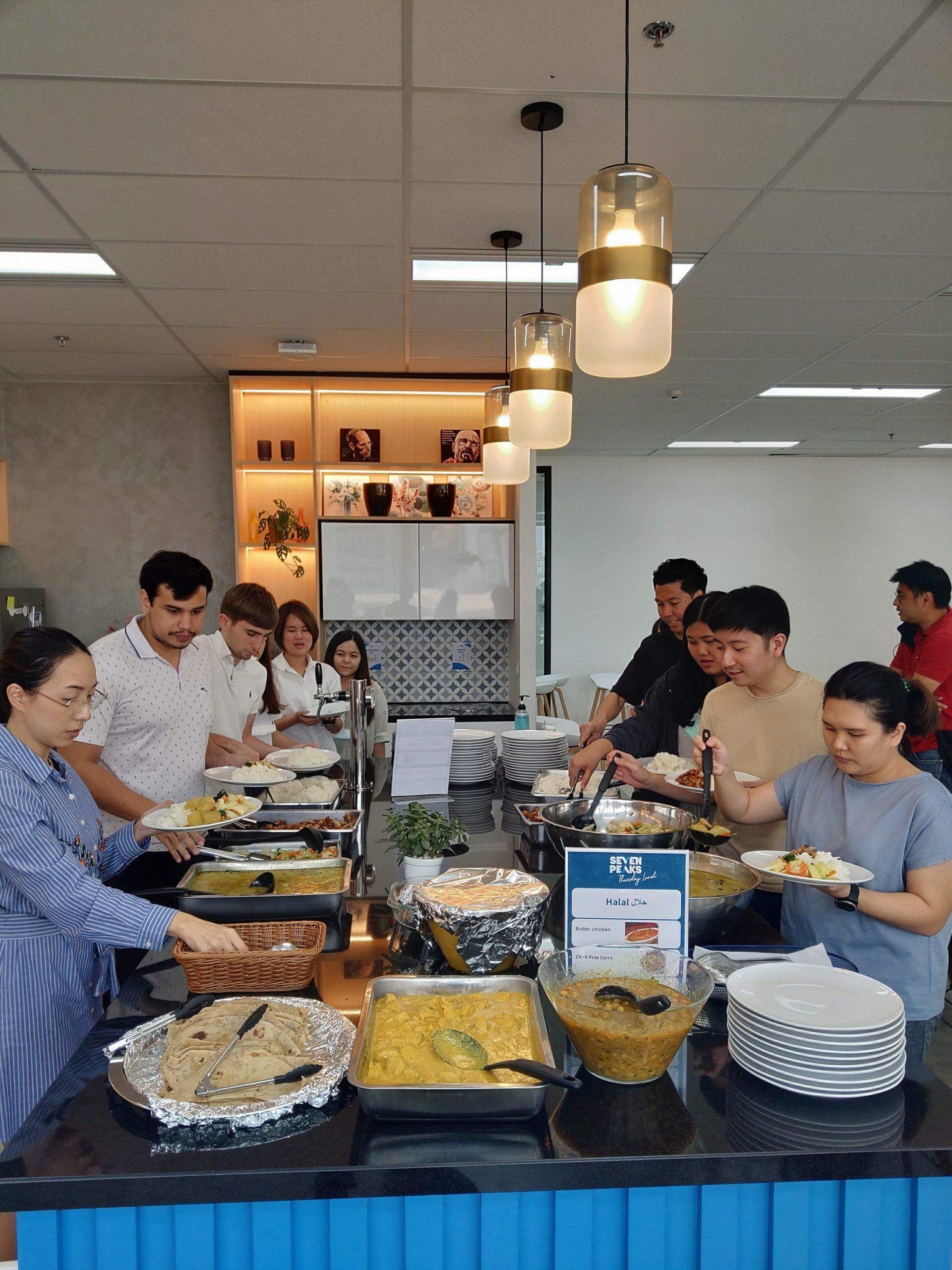 Internship Digital marketing - Lunch at the office