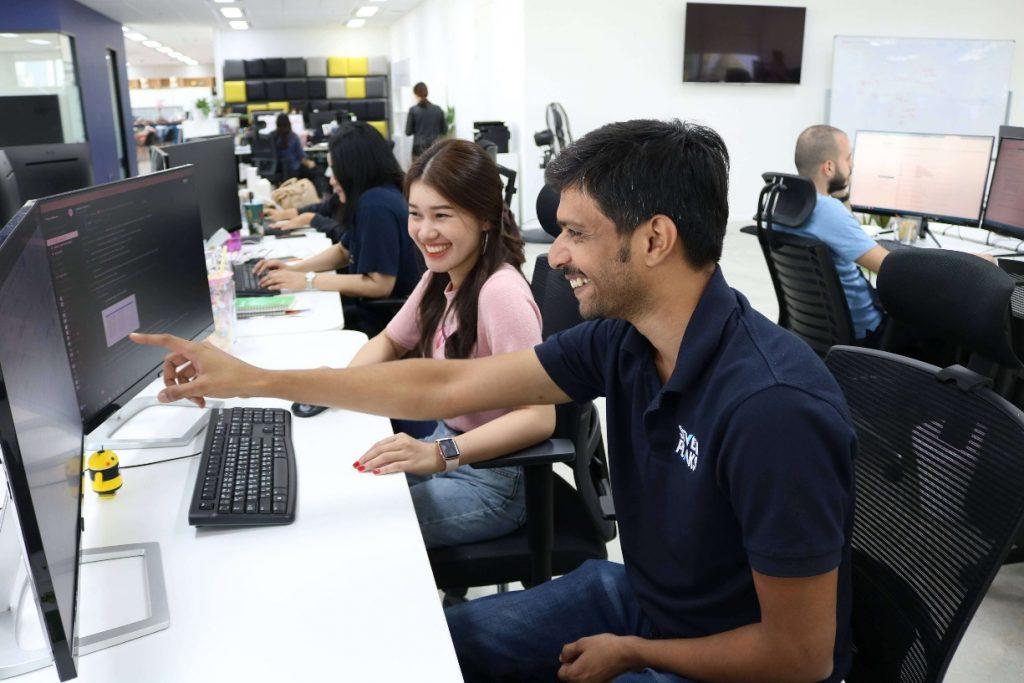 Custom software development services in Bangkok Thailand at Seven Peaks Software