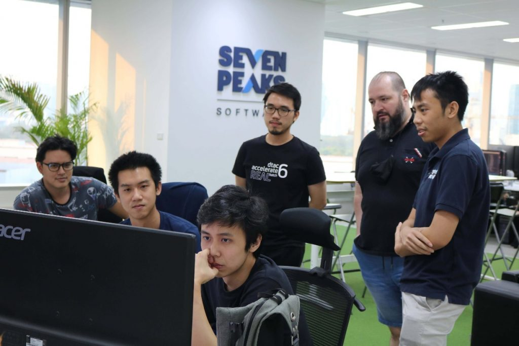 Outsourced software development services in Bangkok Thailand at Seven Peaks Software